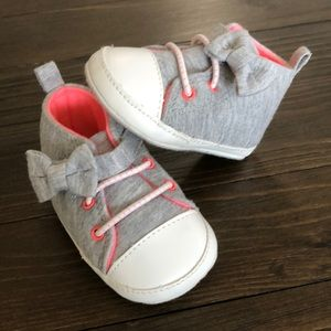 Carter's Baby Girl 0-3m Shoes